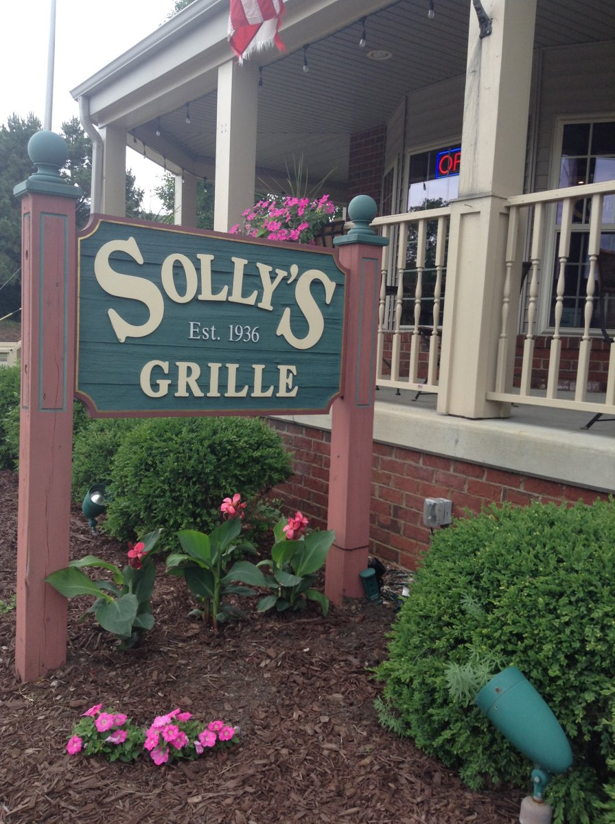 Solly's Grille