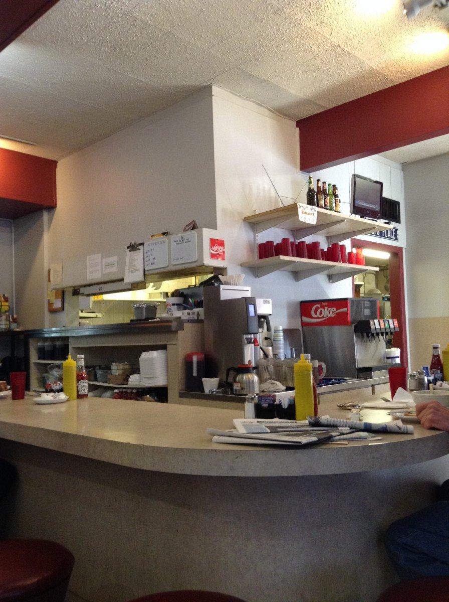 Benji's Deli & Restaurant