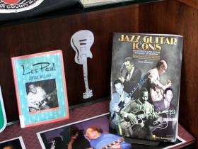 The Les Paul Guitar Wizard book