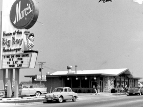The very first Marc's Big Boy at West Capitol Drive in 1958. This is very soon after it opened.