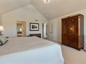 11675 N. Canterbury Dr., Mequon, WI