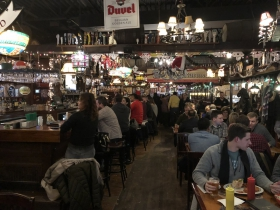 Monk's Pub