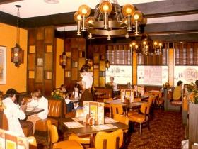 Interior of Marc's Big Boy in Verona, Wisconsin in June 1975.