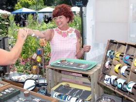 Artist Tara Russ designer of vintage tin, up cycled Frank and Bella's jewelry and boxes from Milwaukee