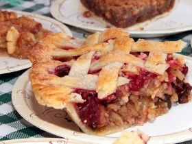 Volunteers from the Wauwatosa Historical Society made delicious pies and other desserts