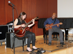 Kevin Eubanks accompanied Jocelyn Gould at the Kevin Eubanks Jazz Master Class
