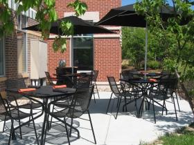 Café Manna patio