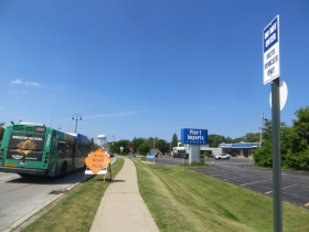 Temporary Bayshore bus turnaround sign