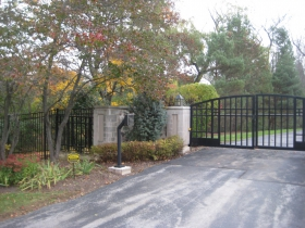 Gate to O. J. Mayo's River Hills McMansion.