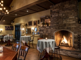 Mr. B's A Bartolotta Steakhouse Brookfield Interior