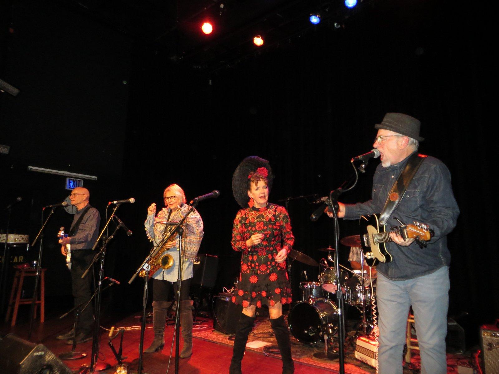 Mike Sieger, Juli Wood, Robin Pluer and John Sieger