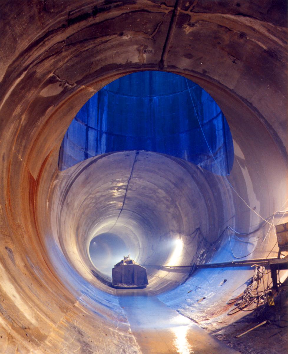Deep Tunnel.