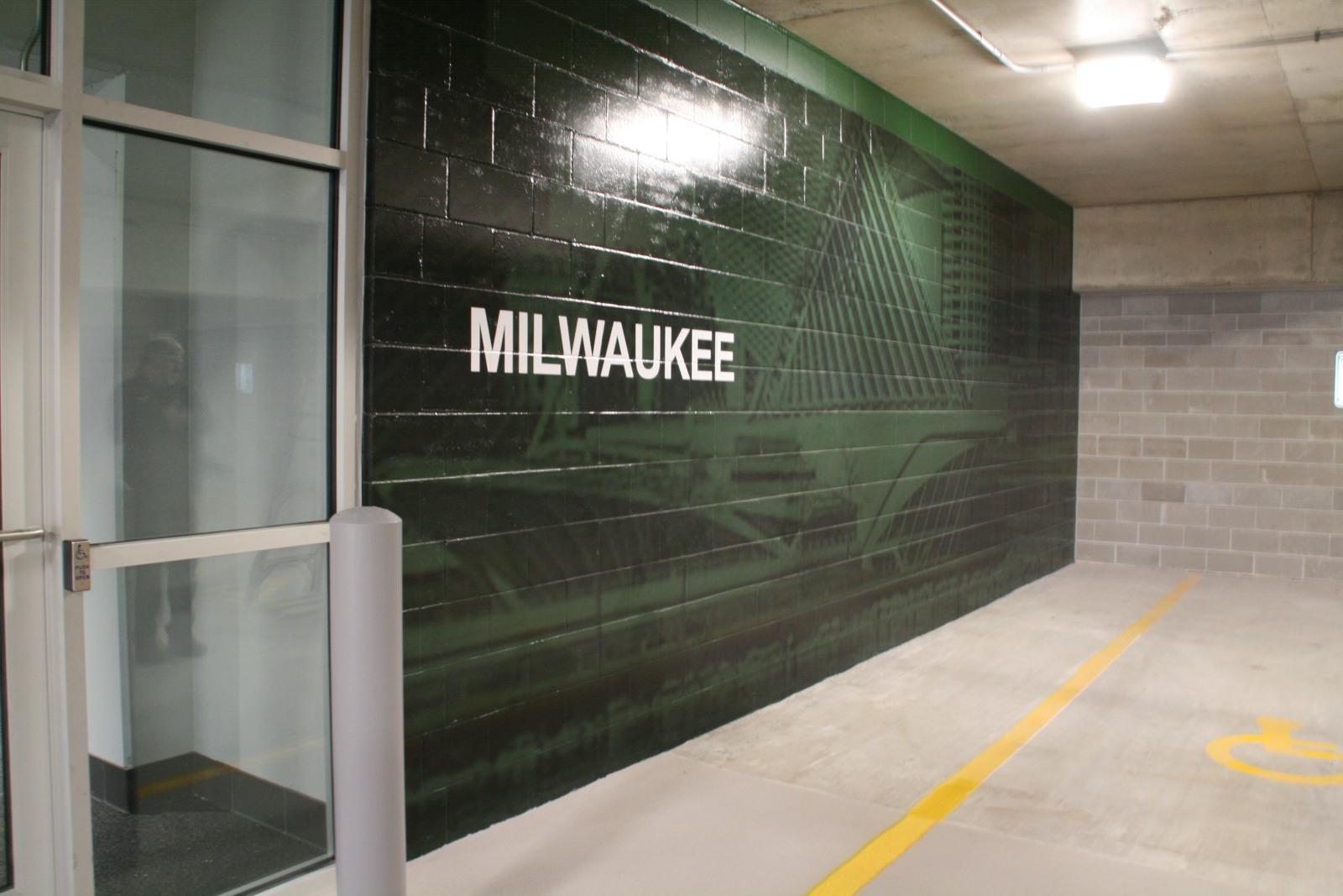 Milwaukee Floor