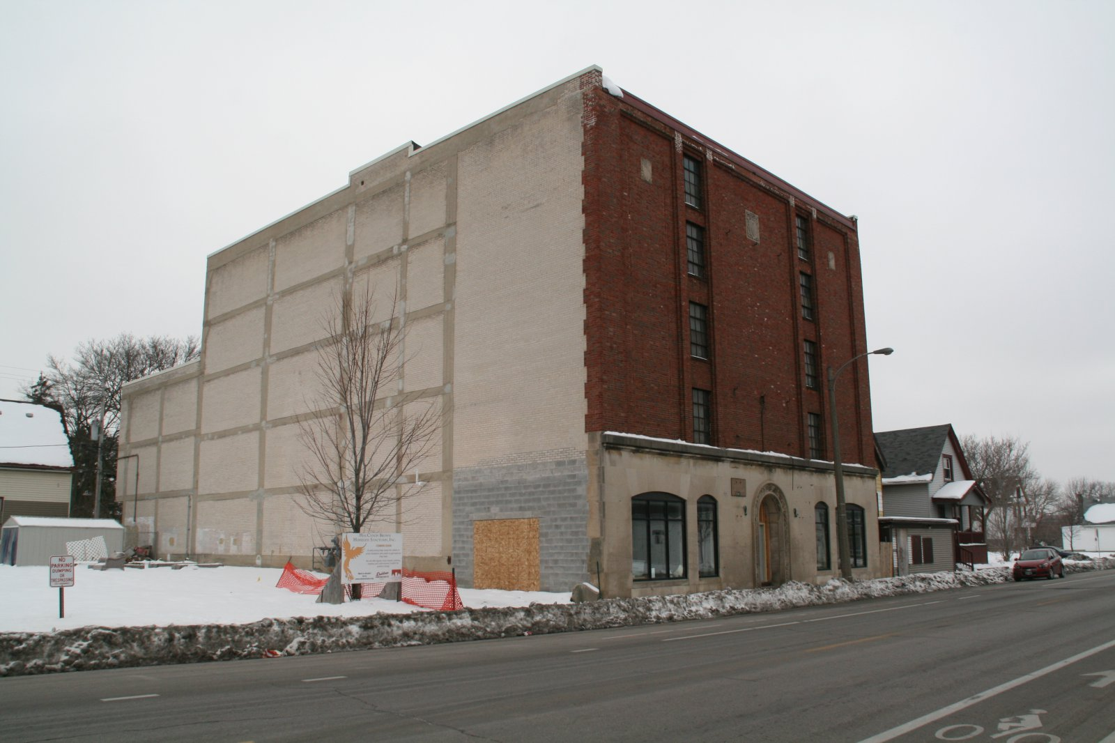 2461 W. Center St.