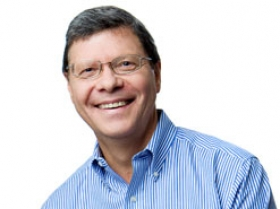 Conservative talk radio host Charlie Sykes of 620WTMJ. Photo from 620WTMJ.com.