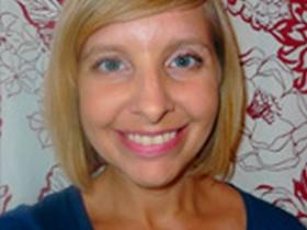 Newaukeean of the Week: Deanna Schwenner