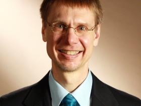 Geoffrey R. Swain