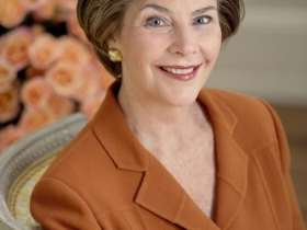 Plenty of Horne: Laura Bush Comes to Town