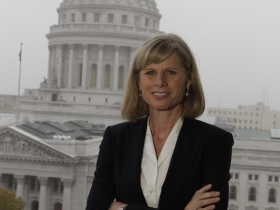 Data Wonk: Will Liberal Democrats Undermine Mary Burke?