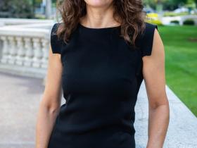 Nicole Safar