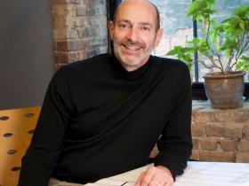 Stephen Kuhnen