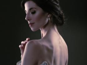La Sylphide: Valerie Harmon