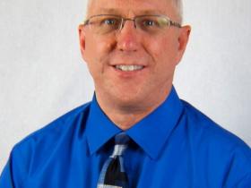 Troy Holmi