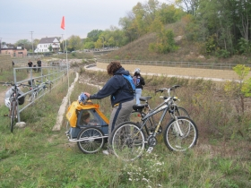 Bikes along the Kinnickinnic River.