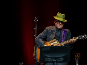 Elvis Costello at the Riverside Theater - 6/10/2014.