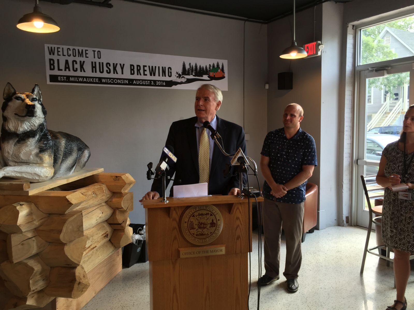 Mayor Tom Barrett at Black Husky