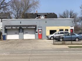 Elite Auto Sales & Repairs, 632 E. Center St.