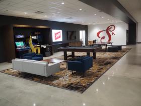 Schlitz Rivercenter Tenant Lounge
