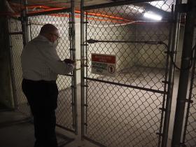 Denny Locks Bottlehouse-Rivercenter Tunnel