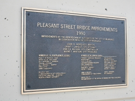 Pleasant Street Bridge