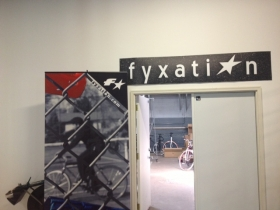 Fyxation.