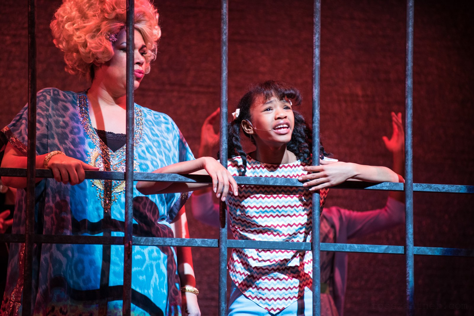 (l. to r.) Terynn Erby-Walker (Little Inez) and Bethany Thomas (Motormouth Maybelle, center) in rehearsal for Skylight Music Theatre's production of Hairspray November 16 – December 30.
