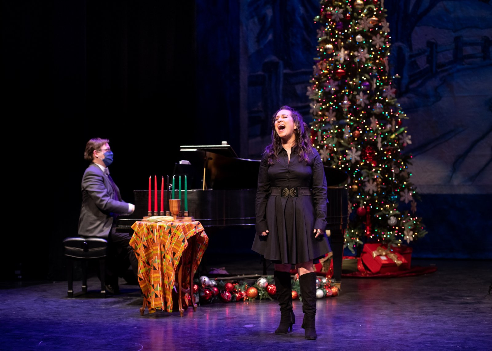 David Bonofiglio (left) and Rána Roman in Skylight Sings: A Holiday Special available for streaming December 11, 2020 – January 10, 2021.