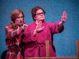 (l. to r.) Ann Delaney (Penny Pingleton) and Rhonda Rae Busch (Prudy Pingleton) in rehearsal for Skylight Music Theatre's production of Hairspray November 16 – December 30.