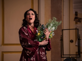 Rána Roman (Lilli Vanessi/Katharine) in rehearsal for Skylight Music Theatre's production of Kiss Me, Kate May 17 – June 16.