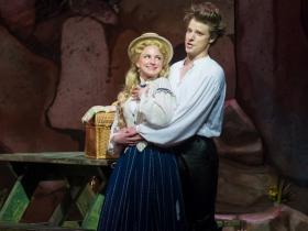 Julie Tabash Kelsheimer (Mabel) and Benjamin Robinson (Frederic) of Pirates of Penzance