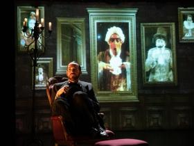 Doug Clemons (Robin Oakapple/Ruthven Murgatroyd) in Skylight Music Theatre and Milwaukee Opera Theatre's production of Ruddigore running January 3 – January 19, 2020.