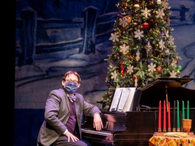 David Bonofiglio in Skylight Sings: A Holiday Special available for streaming December 11, 2020 – January 10, 2021.