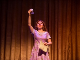 Allie Babich (Violet) in Skylight Music Theatre's Violet