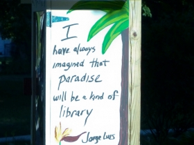 Little Free Library in Story Hill.  Photo by Gretchen Schuldt.