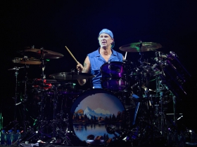 Drummer, Chad Smith