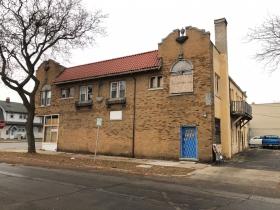 4500-4506 W. Burleigh St.