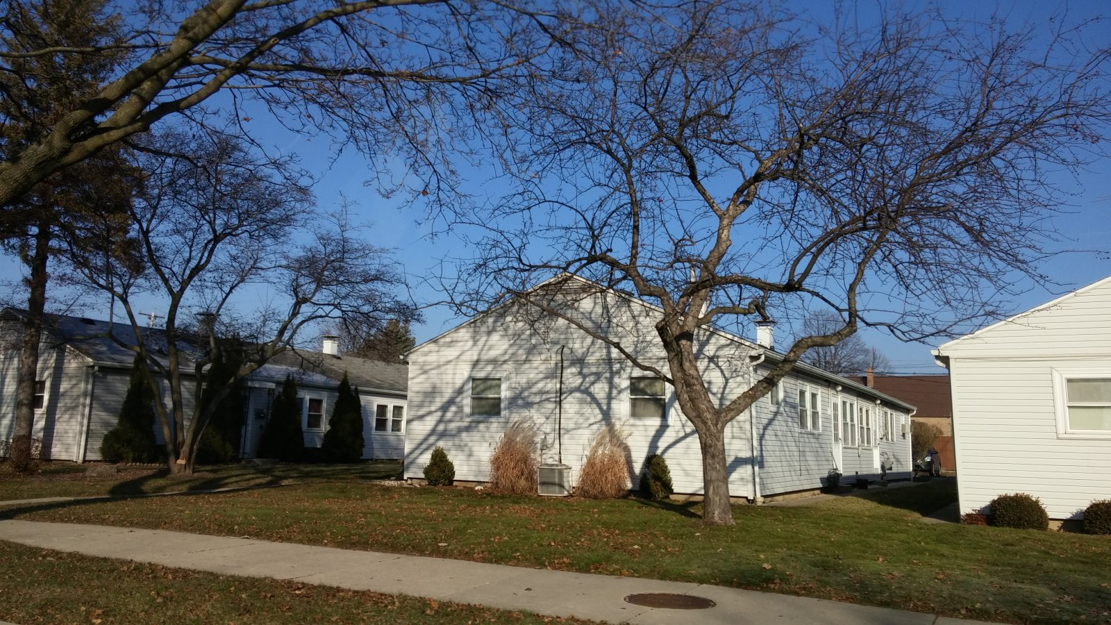 Former barracks on W. Howard Avenue