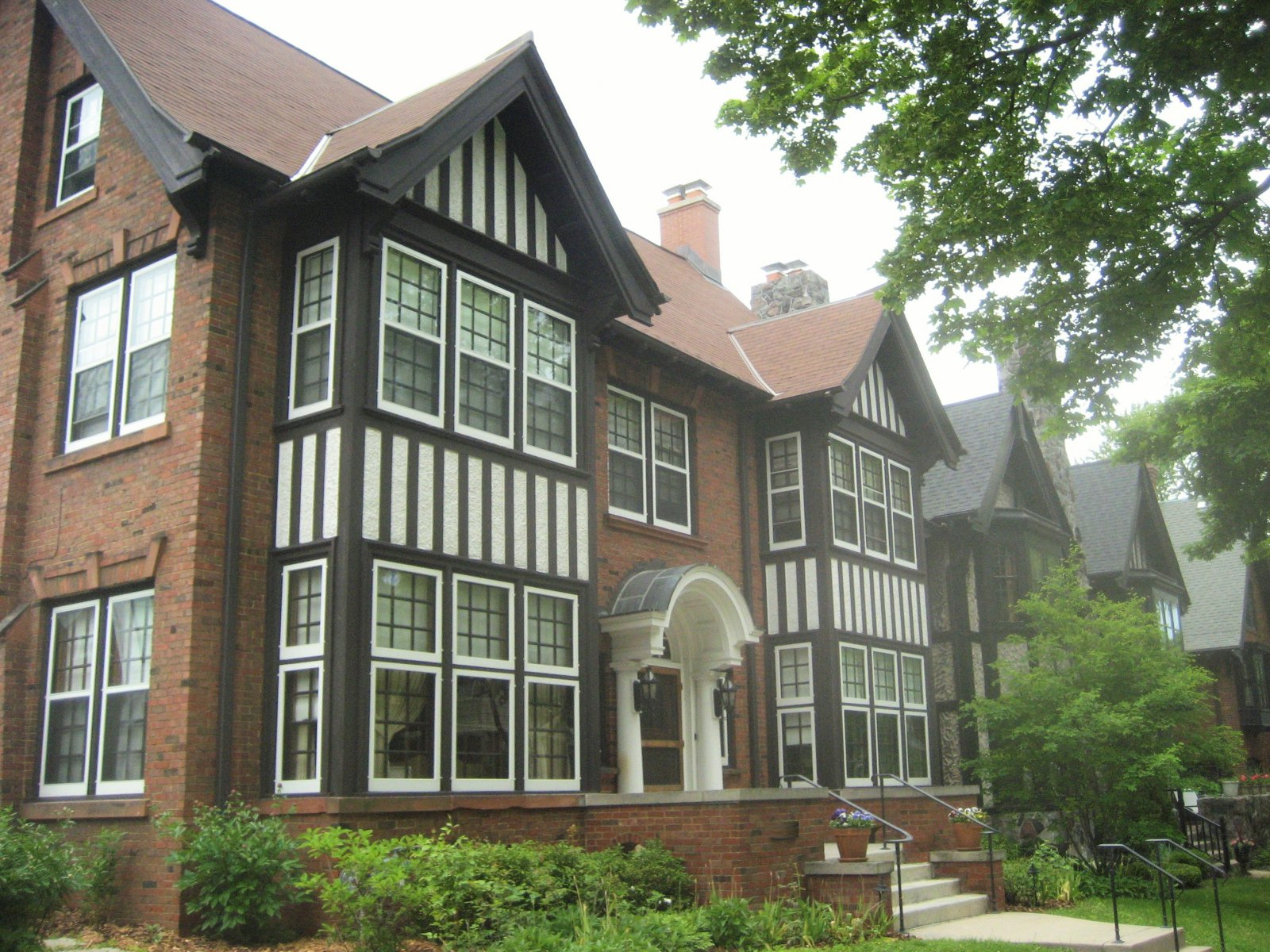 Atty Mark Thomsen\'s Tudor Mansion