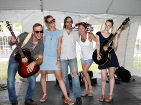 Dick Walsh, Jamie Sue Beaupre´, Cory, Katy and Talia Jacobson