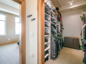1313 N. Franklin Pl., Unit 806